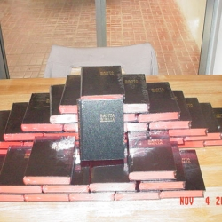 bibles-for-the-prisonersguards
